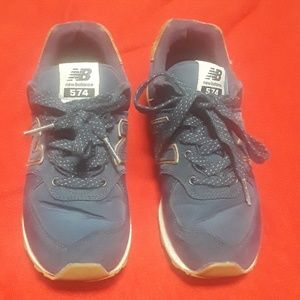 Boys size 2 574 New Balance sneakers